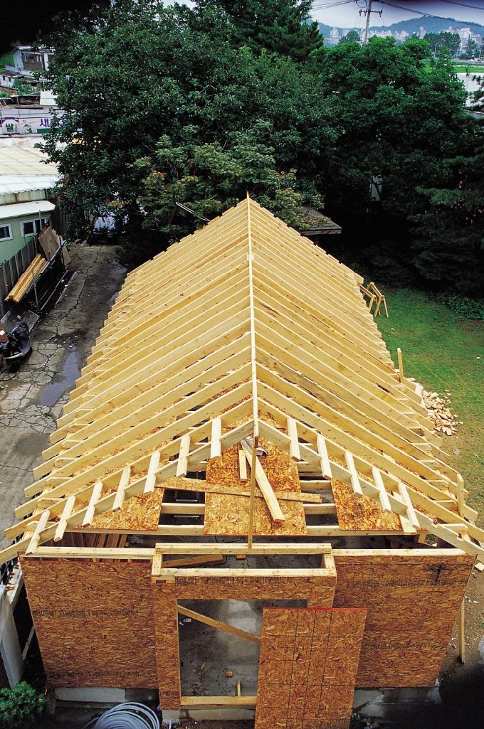 지붕 골조공사